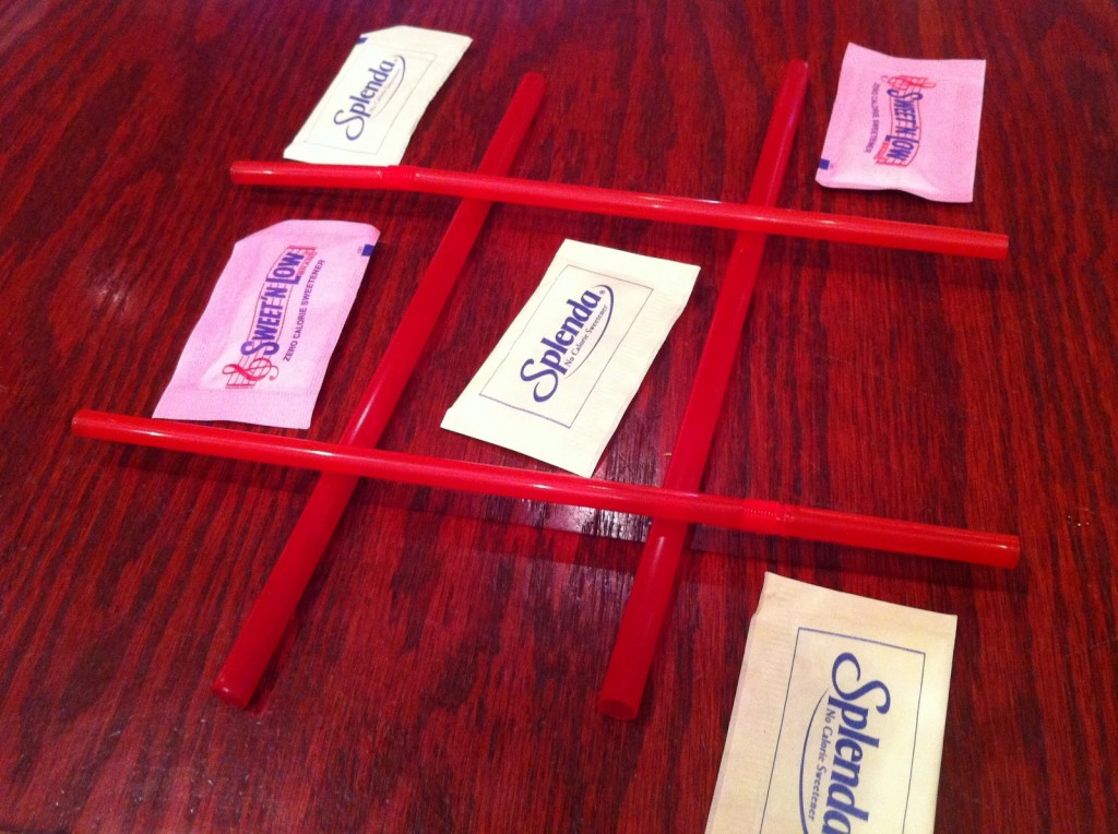 TicTacToe Set up with Splenda and Straws