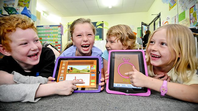 children using ipad apps